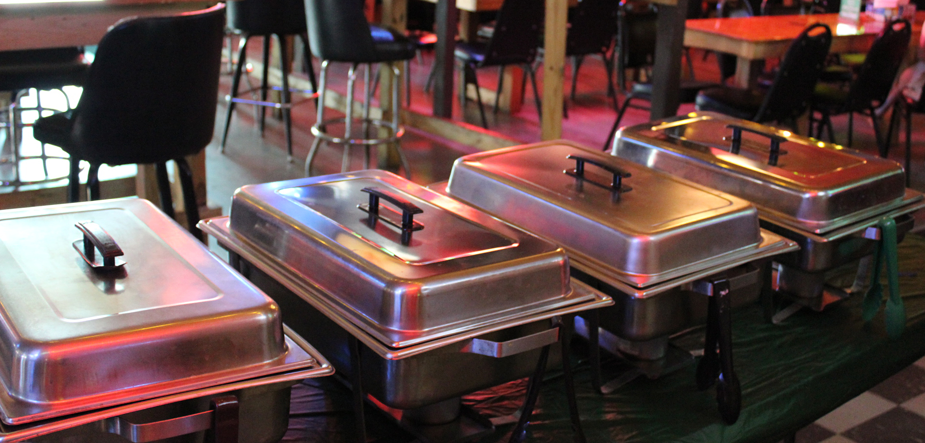 Picture of trays for food